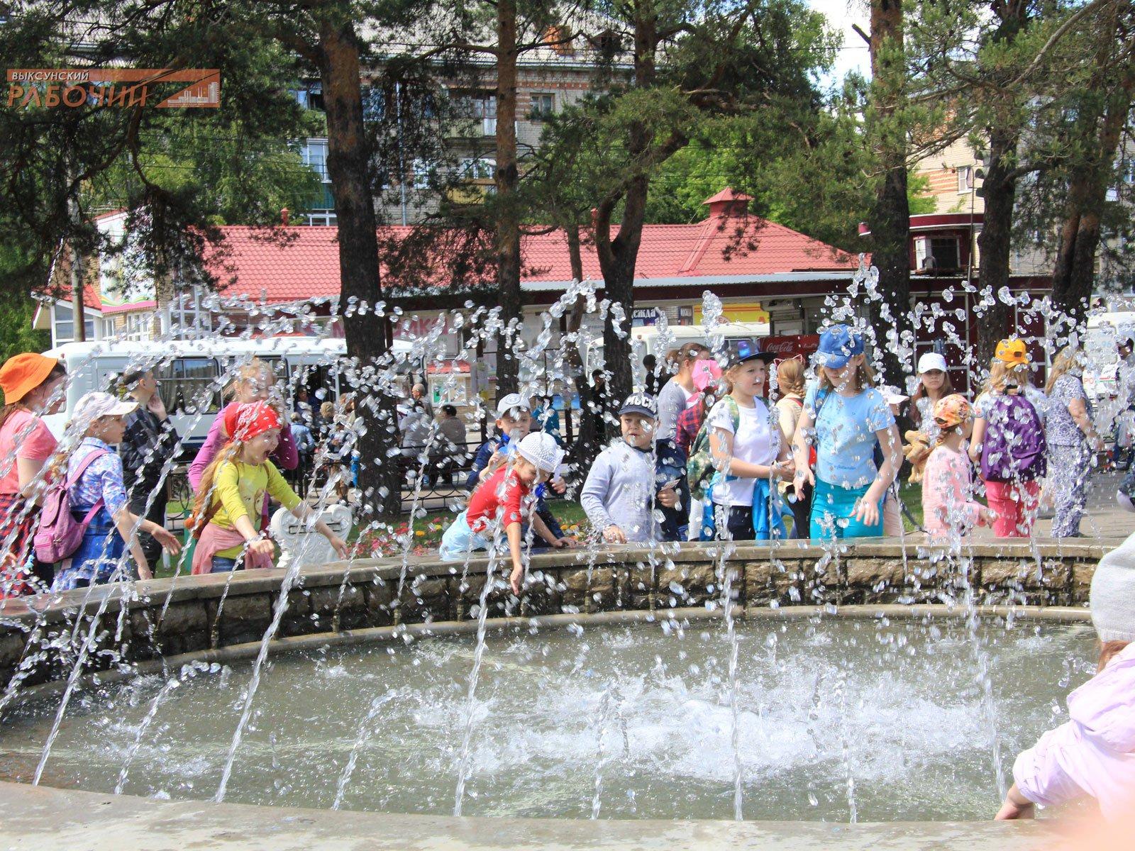 В подарок ко Дню России – фонтан «Королевский» ::Выксунский рабочий